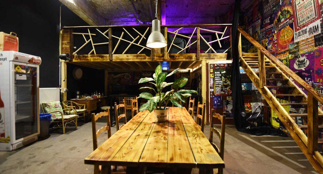 Club Gestaltung: Backstage Bereich YAAM